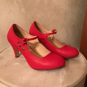 Chase Chloe heels  size 8